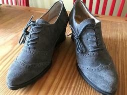 ELLEN TRACY ACTIVE Gray Suede Lace Wingtip Wedges Size 9M NW