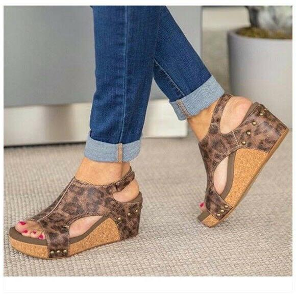 Animal Wedge Sandals Size NEW