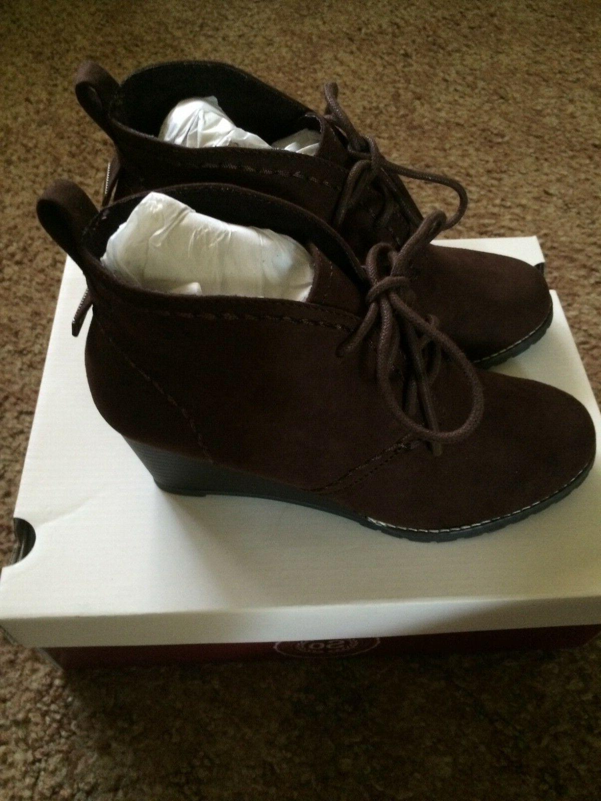 Sonoma Brown lace up Wedges