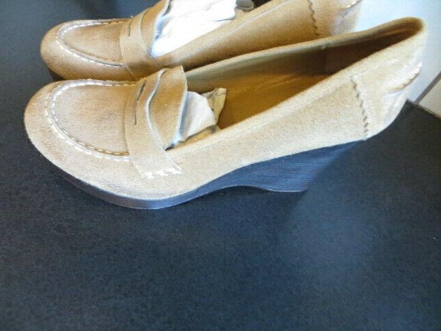 Womens Madden Light Brown Suede Loafers Size