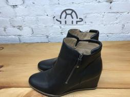 Soul Naturalizer Women's Haley Wedge Black Ankle Bootie