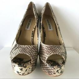 New With Flaws Steve Madden Python Print Heels