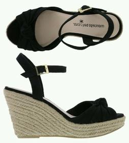 Woman size 8 1/2 wedges