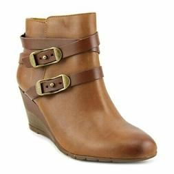 Sofft Womens Oakes Closed Toe Ankle Fashion Boots, Whiskey,