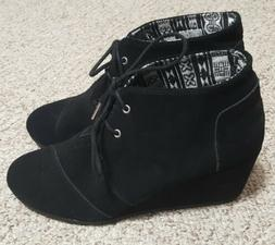 WOMENS TOMS LACE UP BLACK SUEDE WEDGE BOOTIE ~ 11